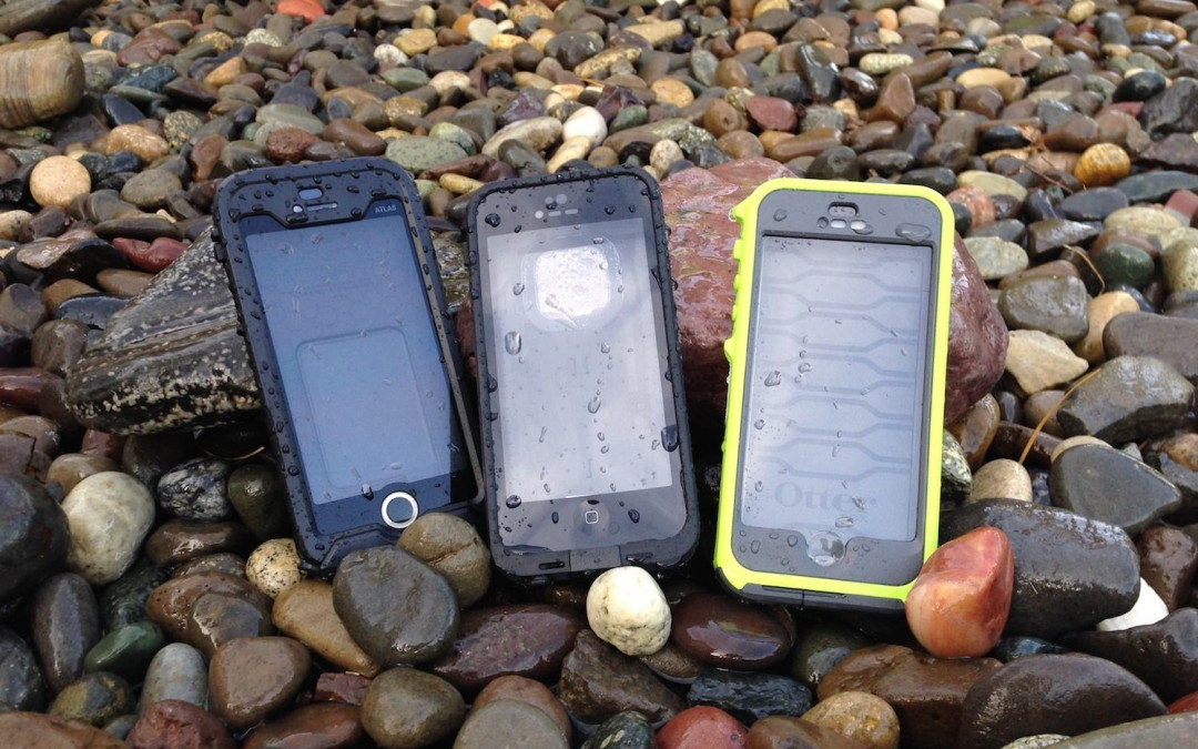 Must-Have Gear: Waterproof Case for Your iPhone or Smartphone [Man Makes Fire]